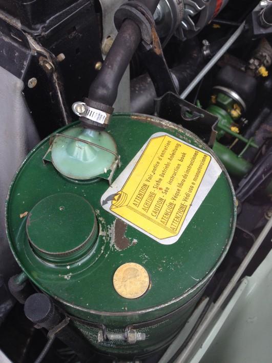 Hydraulikbehälter ID19 1967 mit Metallplakette (1)